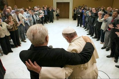 """Francisco pide a los católicos y evangélicos que superen la """"desconfianza mutua"""""""