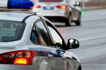 Borracha sale a la autopista y protagoniza una loca persecución policial sin neumáticos