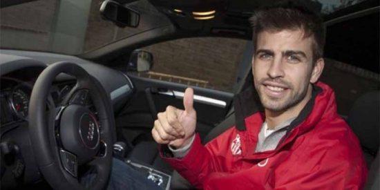 Empaplean a Gerard Piqué por conducir su coche sin puntos en el carnet