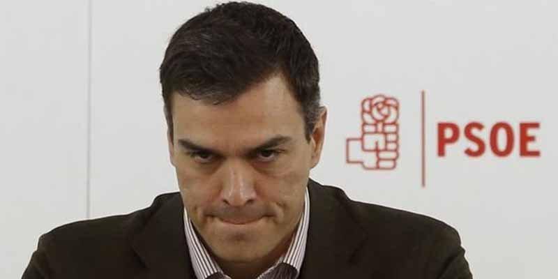 La cara más espeluznante de Pedro Sánchez tras la 'fake tesis': un tío colérico y con falta de escrúpulos