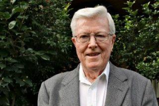 Geoffrey Robinson, el 'santo patrón' de las víctimas de abusos en Australia