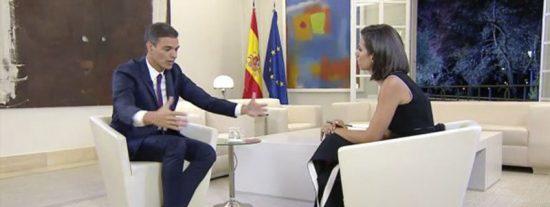 'El Objetivo': Cachondeo con un detalle en esta imagen de Pedro Sánchez durante la entrevista con Pastor
