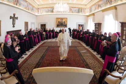 """Los obispos de Ecuador, con el Papa """"ante las intrigantes acusaciones"""" en su contra"""