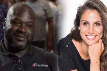 Shaquille O´Neal pide matrimonio a la periodista Lucía Villalón en mitad de una entrevista