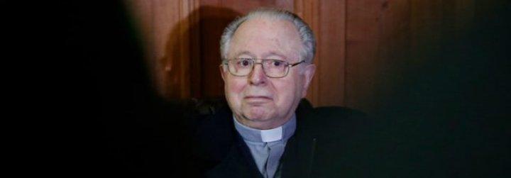 """""""Por el bien de la Iglesia"""", el Papa expulsa del sacerdocio al pederasta Karadima"""