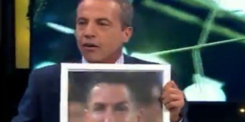 Soria lleva al plató un cuadro de Cristiano para descojonarse