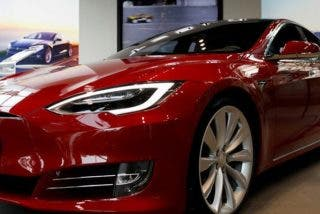 Cómo hackear y robar un Tesla Model S en cuestión de segundos