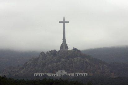 """Pedro Sánchez """"no contempla"""" la demolición de la Cruz del Valle de los Caídos"""