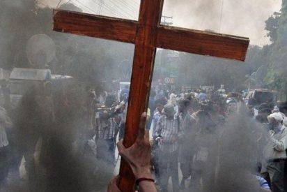 """""""El discípulo debe aceptar las persecuciones y las calumnias a causa del Evangelio"""""""