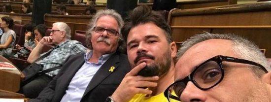 Las tres preguntas de una periodista de laSexta que dejan bizco a Rufián por guiñar el ojo