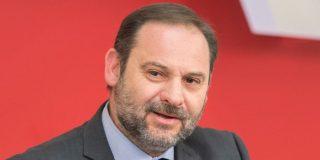 Twitter explica que las fotos de Ábalos y sus pajaritos son 'jarabe democrático' de Alvise al ministro