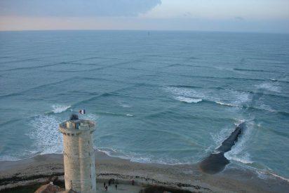 Si alguna vez ves olas cuadradas, corre y alerta a todo el mundo