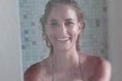 Alba Carrillo se desnuda en la ducha y deja 'húmeda' a la parroquia
