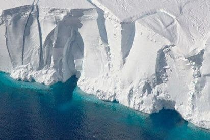 ¿Has visto cómo 'tararea' esta gigantesca barrera de hielo en la Antártida?