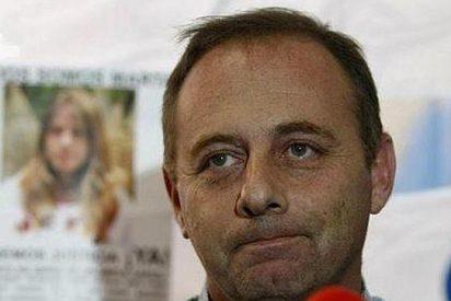 VOX, la 'come la merienda' al PP y ficha al padre de Marta del Castillo para las elecciones andaluzas