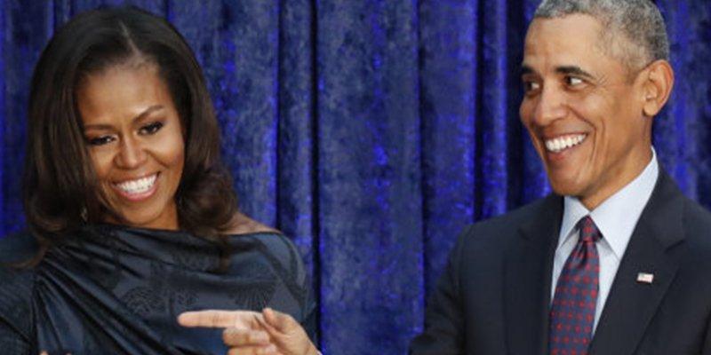 Así es el intercambio de mensajes íntimos entre Barack y Michelle que bate récords en internet