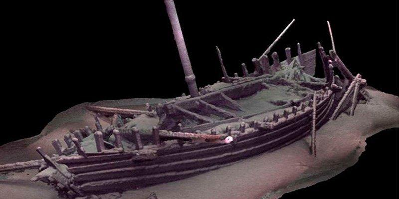 Descubren el barco intacto más antiguo del mundo en el fondo del mar Negro