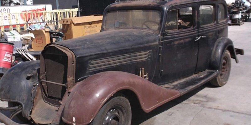Descubren este Buick de 1934 que pasó 40 años en un contenedor