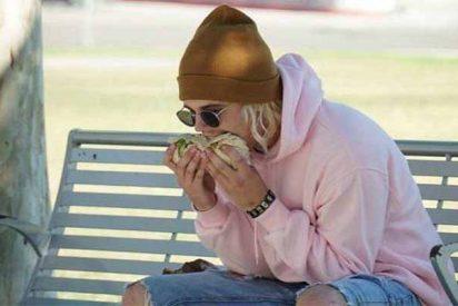 La espantosa manera de zamparse un burrito que tiene Justin Bieber