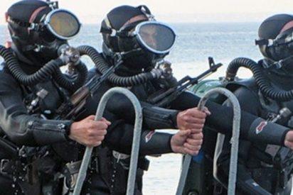 Buzos de la Armada baten su récord de inmersión al bajar a 416 metros de profundidad