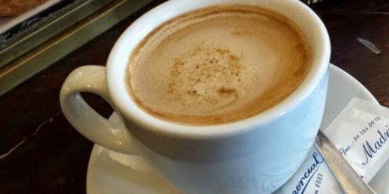 La Policía Nacional advierte al confiado ciudadano que llega el nuevo 'timo del café'