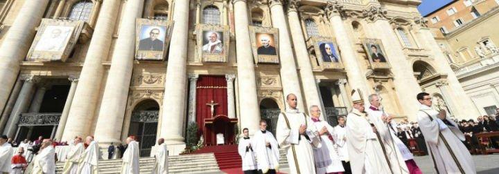 Pablo VI y Romero, santos