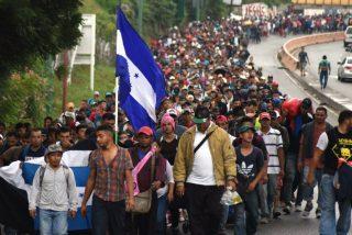 Trump no sabe que hacer con la caravana de migrantes y busca la solución en México