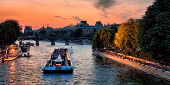 Qué hacer en París: Cena en un crucero por el Sena