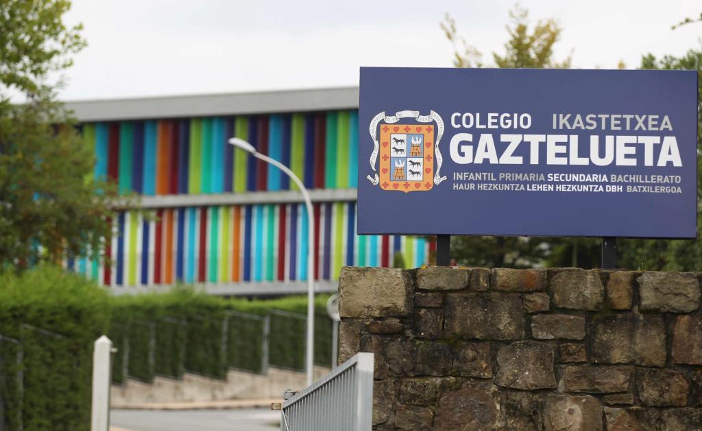 Los testigos de la defensa admiten que firmaron una declaración notarial escrita por el colegio Gaztelueta