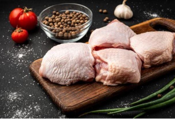Contramuslos de pollo frescos