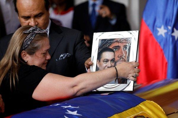 """Concejales se enfrentan al Sebin chavista por la muerte de Fernando Albán: """"Esto no es suicidio, esto es homicidio"""""""