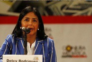 Delcy Rodríguez la vuelve a liar en un aeropuerto: el coronavirus llega a Venezuela vía Iberia