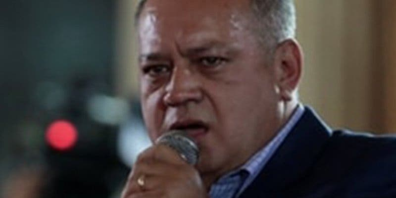 Diosdado Cabello ataca a Angelina Jolie por reunirse con refugiados venezolanos en Perú
