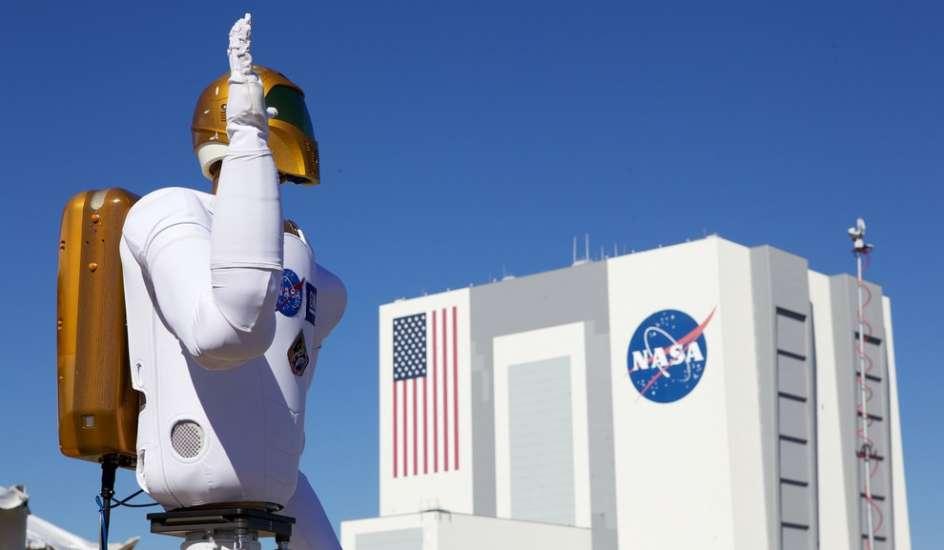 Los robots nos ganarán la carrera espacial de colonizar otros mundos