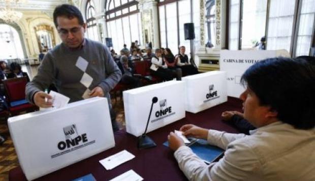 La Iglesia peruana motiva a la población a emitir un voto responsable