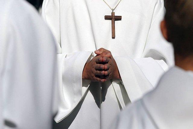 La Iglesia dominicana suspende cautelarmente a un cura acusado de abusos