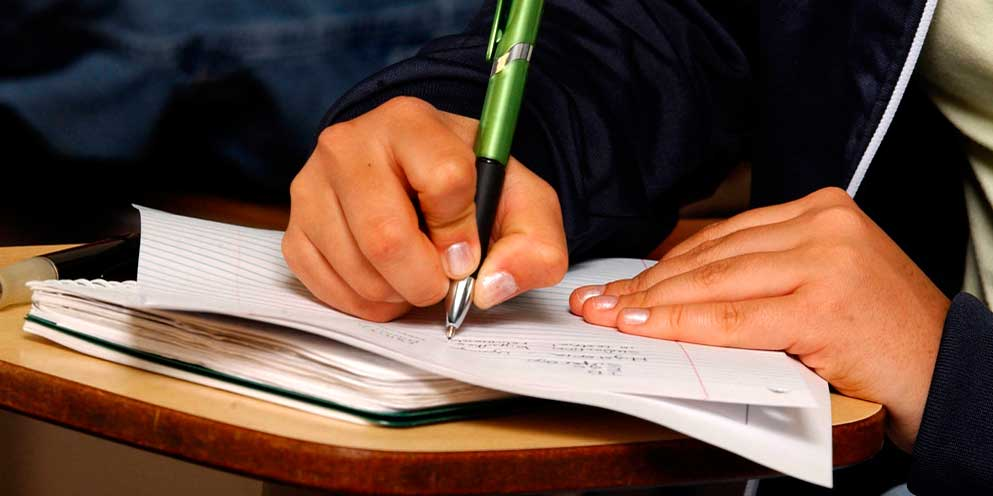 Escribir a mano es beneficioso para nuestro cerebro