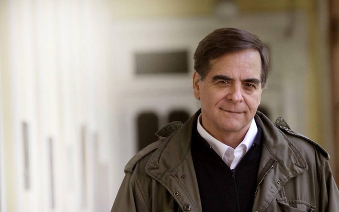 Felipe Berríos pide al Estado que intervenga la Iglesia chilena