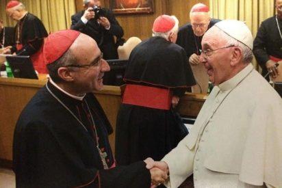 El cardenal Sturla se tomó unos mates con el Papa