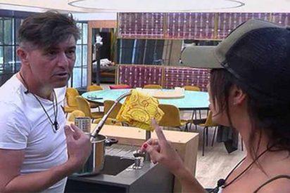 'GH VIP: Ángel Garó la monta por un yogur con Aurah y le pide que no le trate 'como una fulana'