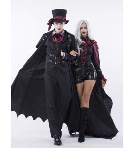 "Pareja de vampiros góticos"""