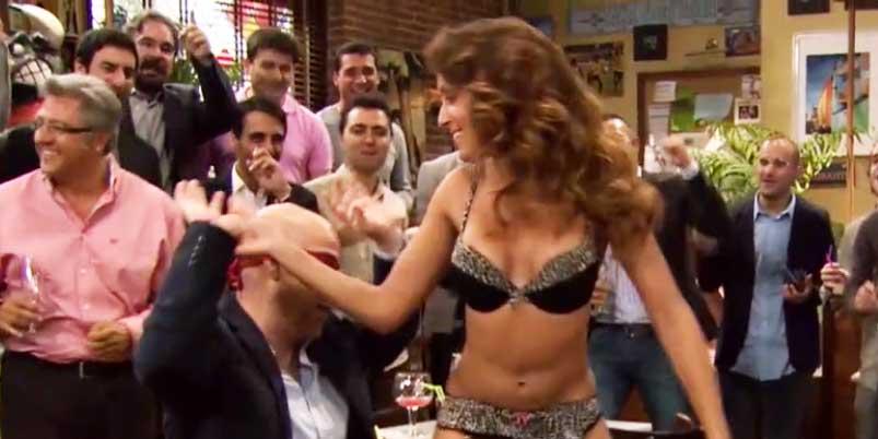 El cardíaco 'striptease' con el que debutó Hiba Abouk en Telecinco