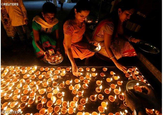"""El Vaticano invita a cristianos e hindúes a trabajar juntos por """"un futuro de esperanza"""""""