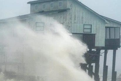 El huracán Michael ya ha tocado tierra en Florida con vientos de 250 km/h