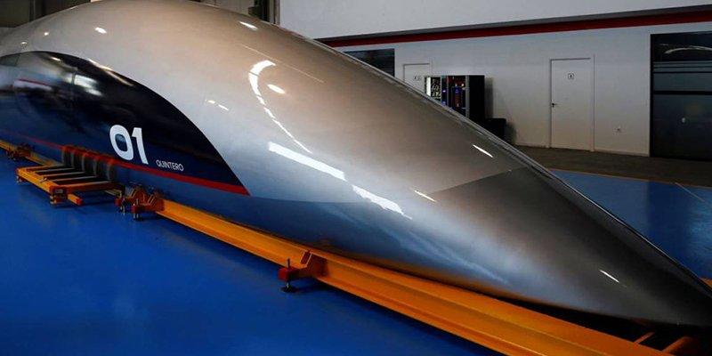 Así es la primera cápsula de Hyperloop, presentada en Cádiz