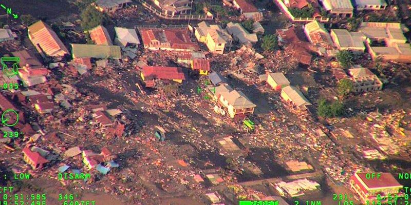 Estas imágenes aéreas muestran la terrible destrucción causada por el terremoto y el tsunami en Indonesia