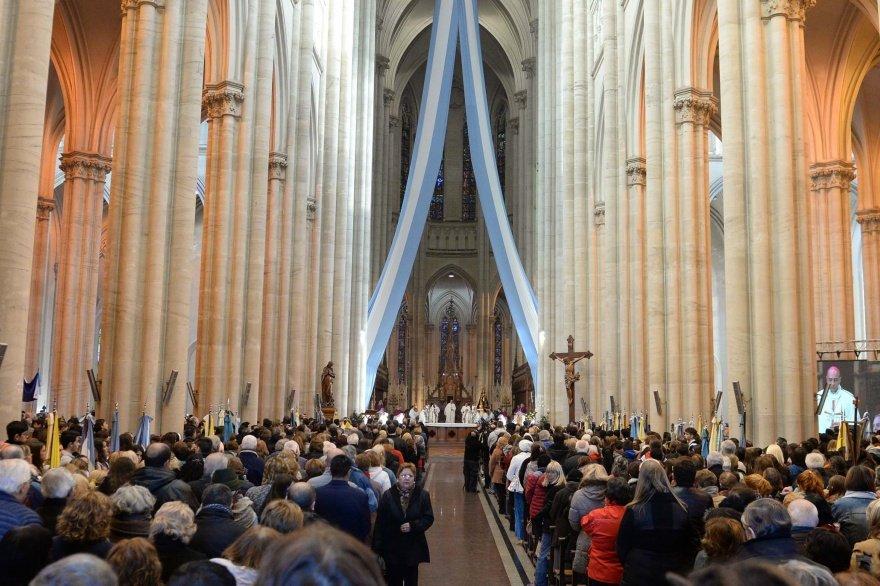 """Los curas de La Plata muestran al Papa su """"cercanía y fidelidad"""" ante los ataques recibidos"""