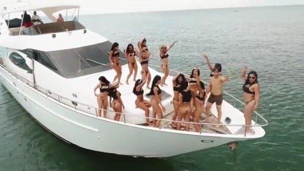 """""""Sex Island"""", la fiesta caribeña clandestina con: dos mujeres """"latinas"""" por hombre, shows de sexo en vivo, yates de lujo y """"sorpresas"""""""