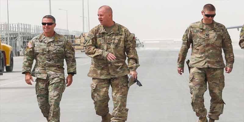 Dos jefes policiales asesinados y un general estadounidense herido de bala por los talibanes en Afganistan