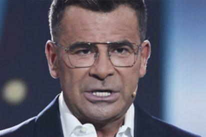 Jorge Javier Vázquez mete la pata hasta al fondo con el público de 'GH VIP' al negar el acoso a Miriam